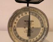 Vintage Handon Utility Scale - 25 Pound Capacity - SWEET