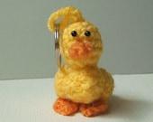 Crochet pattern PDF - Daisy the Duck key chain