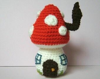 Crochet pattern PDF - Toadstool Fairy house