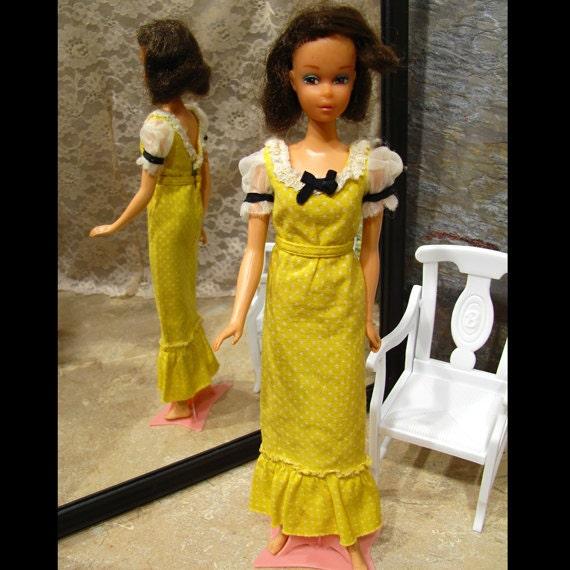 1973 Quick Curl Francie - Rare Vintage Barbie Doll with 2 Vintage Dresses