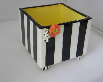 black and white stripe square ceramic box with bun feet