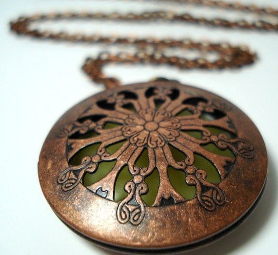 Solid Perfume Locket Copper Filigree Round Cutout Style 1