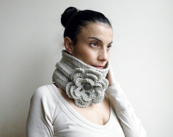 Crochet PATTERN cowl neckwarmer circle scarf with oversized flower woman loop scarf  DIY photo tutorial nstant download