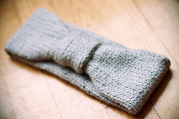 SALE, knitted gray 100% acrylic headbanc