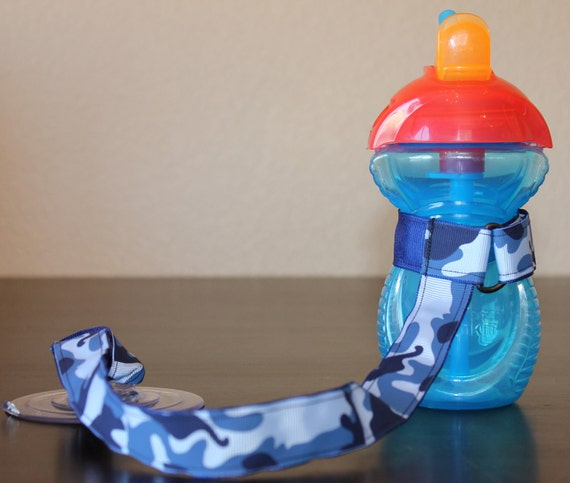 Sippy Cup Leash, Sippy Cup Strap, Suction Sippy Strap, New Baby Gift, Christmas Gift -  Blue Camouflage Baby Boy
