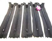YKK Zippers - 4 Inch - BLACK - (10)