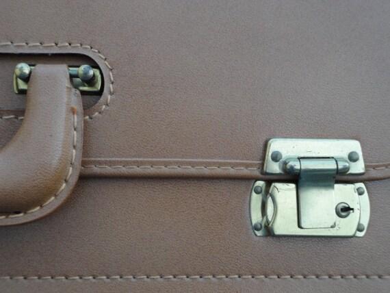 Vintage Suitcase Caramel Briefcase Portfolio 1950's Carry-on Salesman sample  Artist travel case by metrocottage