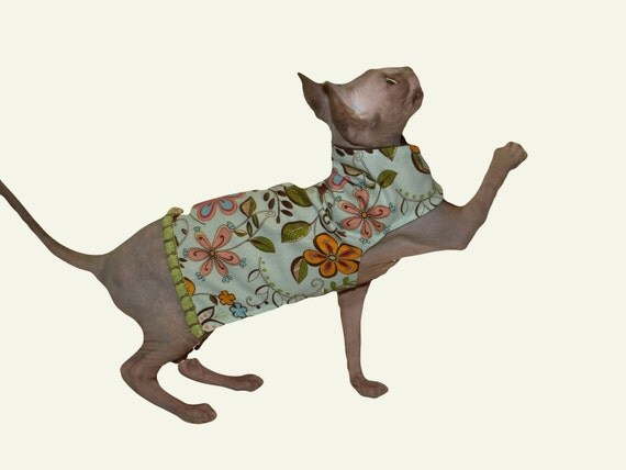 Brightly Colored Cotton Spring/Easter Cat Dress Light Weight Brown Flannel Lining And Green Trim