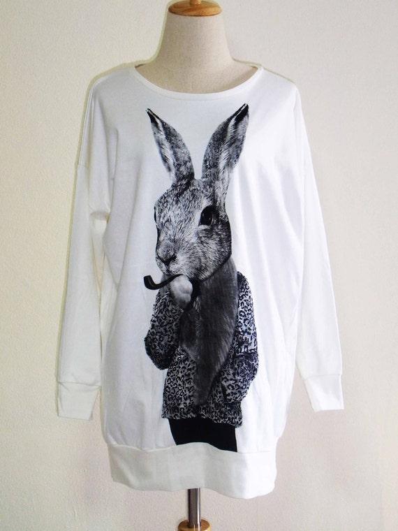 Bunny Rabbit Smoking Pipe Cigar Animal Style Animal T-Shirt Sweater Long Sleeved White Sweatshirt Screen Print Size L