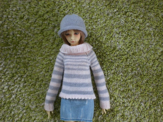 hand knitted Sweater / Cardigan for BJD SD girl / woman