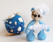 Pearly Blue Teddy bear - knitting pattern (knitted round)