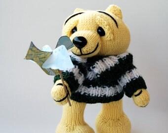 Big Head Bear- knitting pattern (knitted round)