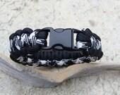 Survival Bracelet Houndstooth and Black