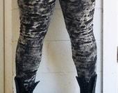 I Want My Mummy Leggings