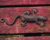 Lizard for Your Garden, Sun Room, or Potting Shed - Cast Iron