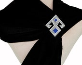 ElibelindeSilver/925silver turquoise,lapis on goddess elibelinde kilim brooch.Elibelinde fertility collar pin for you. HANDS ON HIPS