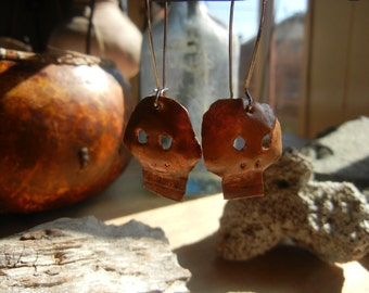 Copper smithed skull, calaveras, earrings