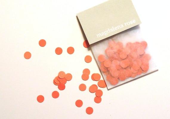 confetti. coral. 150 pak. dots