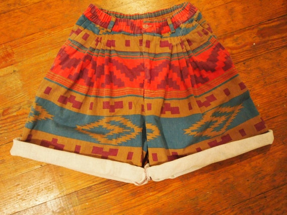 Vintage navajo / southwestern high waisted denim shorts Size 7/8
