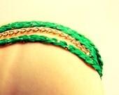 Bracelet fin tressé vert prairie et chaînette extra fine