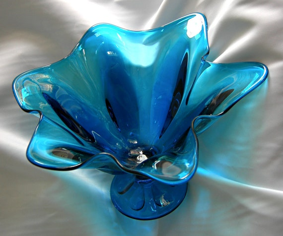 Large Mid Century Vivid Blue Glass Centerpiece Handkerchief Compote Fruit Bowl - Unsigned - Vintage Circa 1960 - 1970