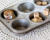 Vintage Muffin Pan - Silver Beauty Muffin Tin - Metal Bakeware