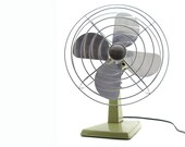 1974 Manning Bowman Fan: Model 105004 - Avocado Green Oscillating Electric Fan - Industrial Chic, Fathers Day
