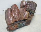 1940s Preacher Roe Baseball Glove JS Higgins
