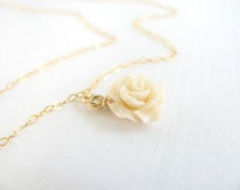 Bridesmaid necklace, Flower necklace, bridal necklace, gold necklace, simple necklace, delicate necklace, wedding jewelry,