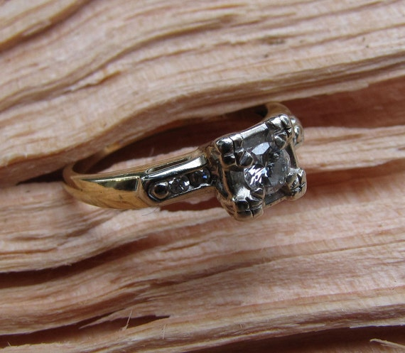 I Only Have Eyes For You : Antique Engagement Ring - Illusion-Head Solitaire Diamond with Accents - 1940s 1950s