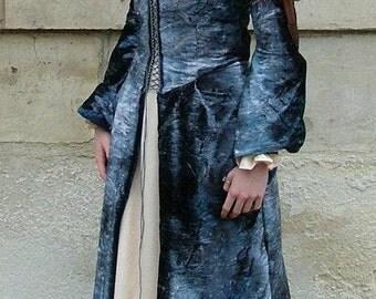 Evocation French Renaissance costume