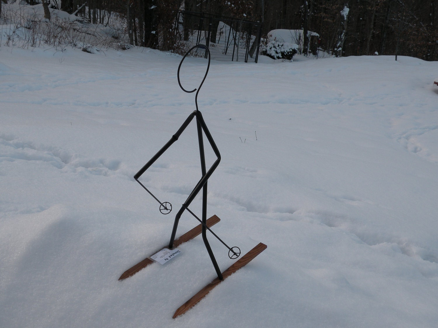 Tall skier lawn decoration yard unique ornament for snow for Unique yard decorations