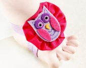 Hooty Hoot Owl Too Tootsies Handmade Baby Barefoot Sandals with Felt Egg on Cute Yo-Yo and Matching Embelishments One Pair