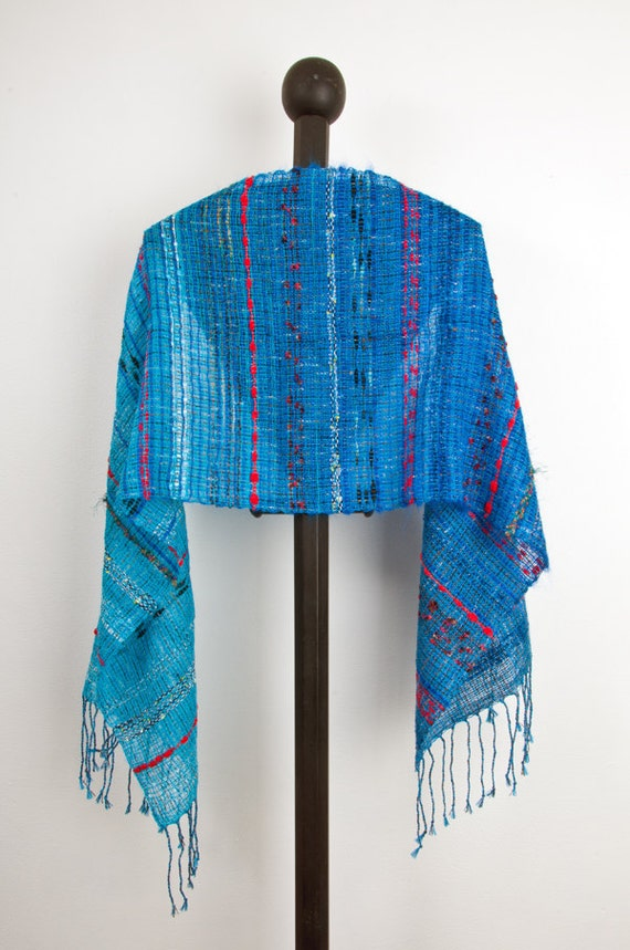 Hand woven scarf in Turquoise to Blue (0006)