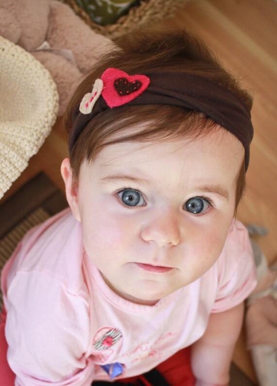 Baby headband with felt heart embellishment - Upcycled fabric -3 to 12 months - Chocolate & Fuschia combo