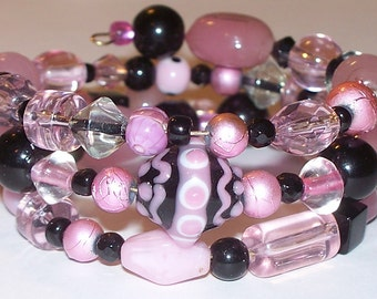 """Colorful """"In The Pink"""" Beaded Memory Wire Bracelet"""