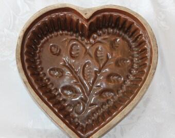 Rare Earthenware Pottery Bowl Crock Heart