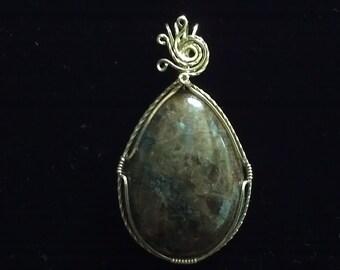 brown spectrolite pendant