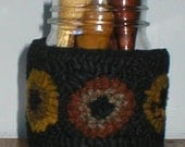 PrimiTive Folkart Penny HooKed Rug Jar  & Cover  We Ship Internationally