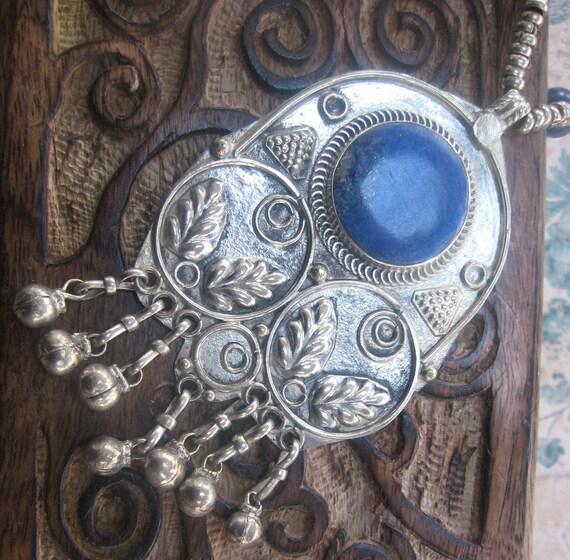 Elegant blue Afgan Lapis traditional tribal necklace from Badakhshan