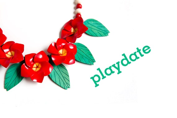 wood floral flower necklace red vacation holiday