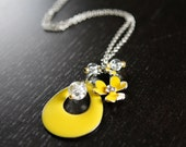 Long yellow enamelled flower necklace