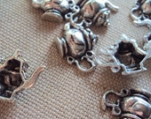 Teapot Charm- Alice in Wonderland Tea Party- 10 Pieces Jewelry Supplies (5:81)