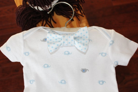 Sale!!! Baby Boy Clothes Polka Dot Bow Tie on an Elephant Bodysuit Bow Tie Adorable for your little guy, photo prop, coming home outfit