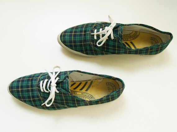 Vintage Plaid Shoes / Pointed Toe / Green Blue Yellow Plaid Sneakers / Size 8