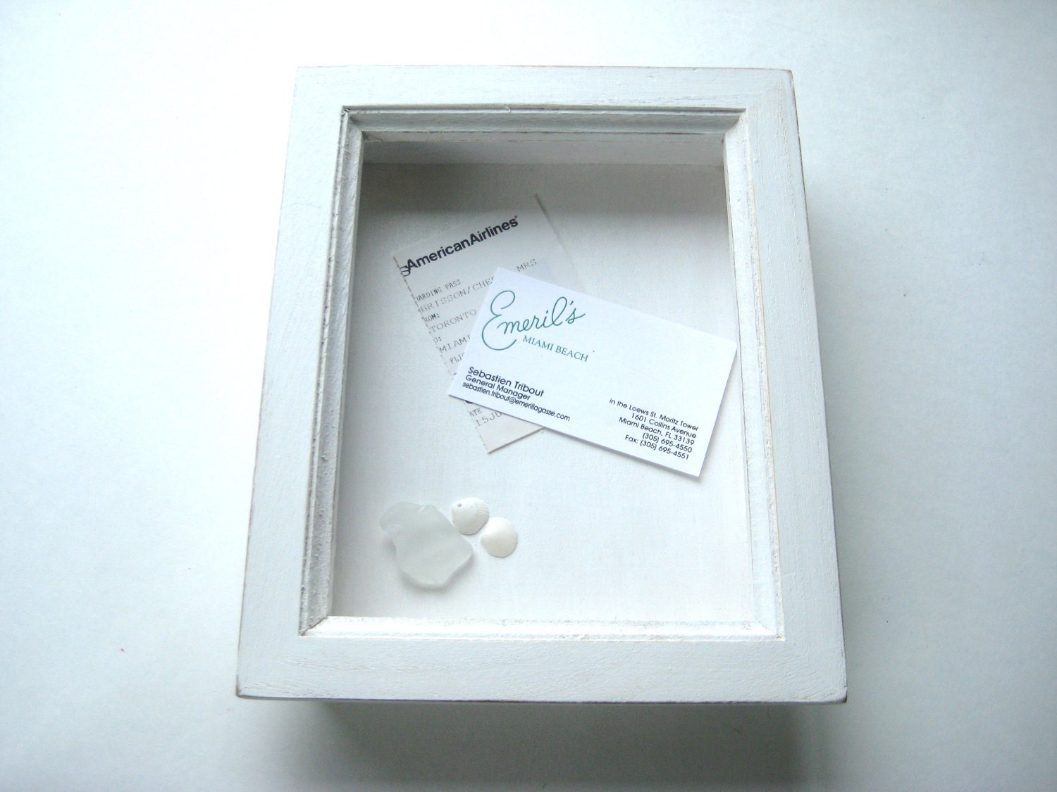 white shadow box hanging frame keepsake box zoom