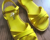 Vintage Sandals Lemon Yellow Shoes Size 6.5