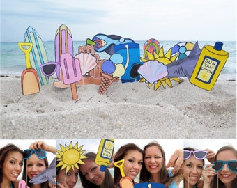 beach photo booth props - perfect for a summer party or to celebrate a vacation