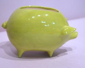 Piggy Planter in Vintage Design Green