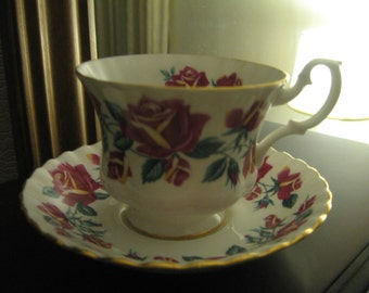 Royal Albert Lakeside Series Windermere cup and saucer - Beautiful dark pink rose.